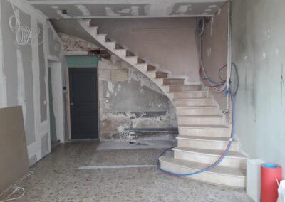 Escalier voûte sarrasine en pierre de Montigny